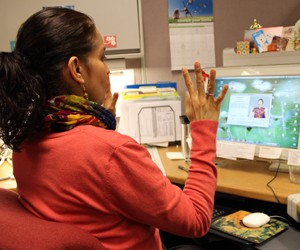 Video Project Manager Leonor Quinonez uses the Stretch Break Pro software at the Regional Multimedia Communications office in Oakland.